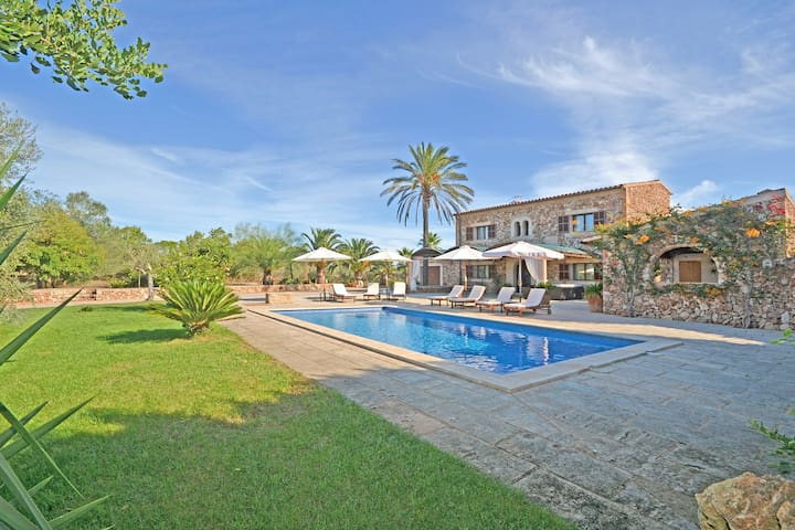 SANCHEZ - Country house with swimming pool in Campos
