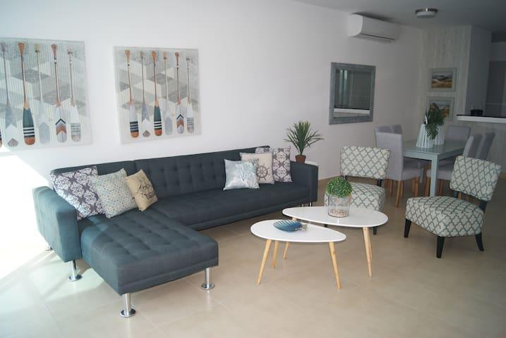 Complejo: Terrazas Villas G, en Playa Blanca - Rio Hato - Haus