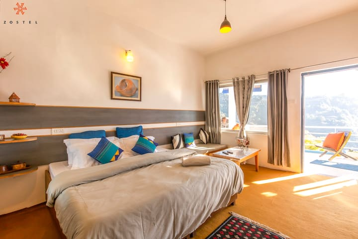 Deluxe Private Room in Mukteshwar
