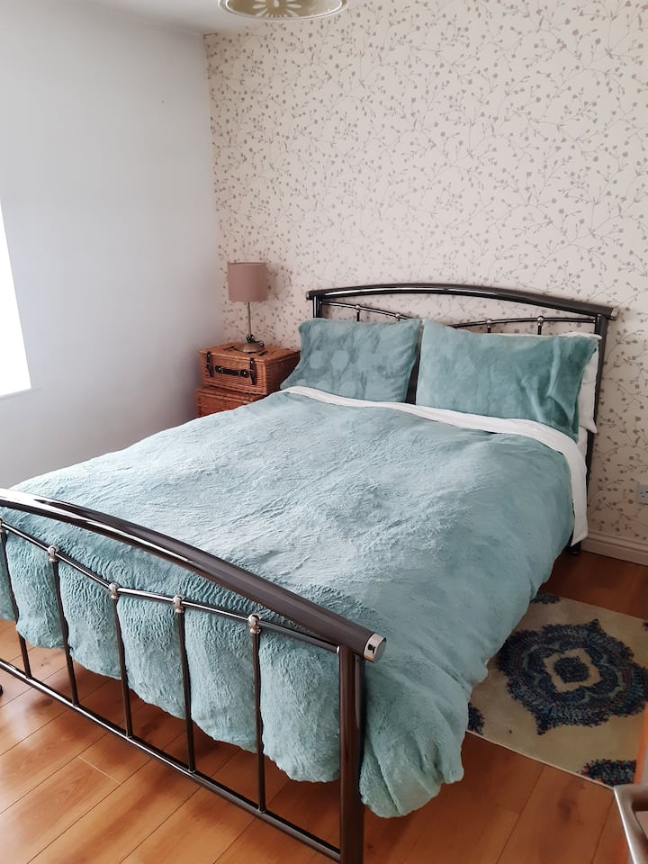 Lovely Double Room with Private Shower