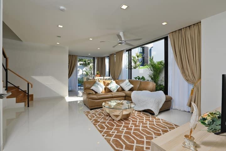 3BR villa Grand in LagunaPark2 by GetYourPhuket