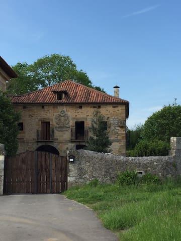 Palacio de Viar - Entrambasaguas - Villa