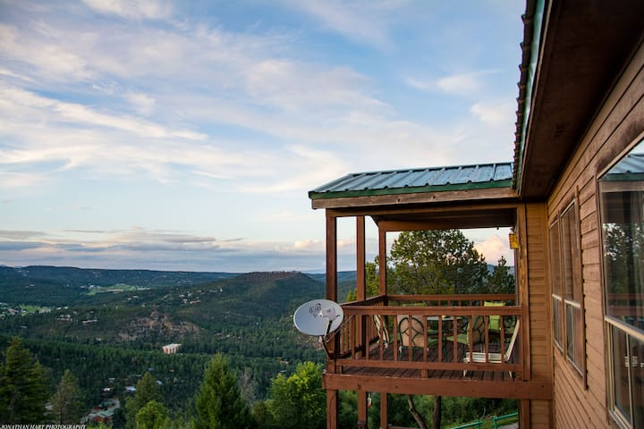 Best view in Ruidoso-2bedroom Condo