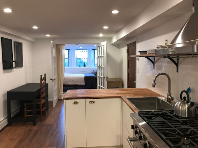 Newly renovated 1 bedroom, steps to Prospect Park
