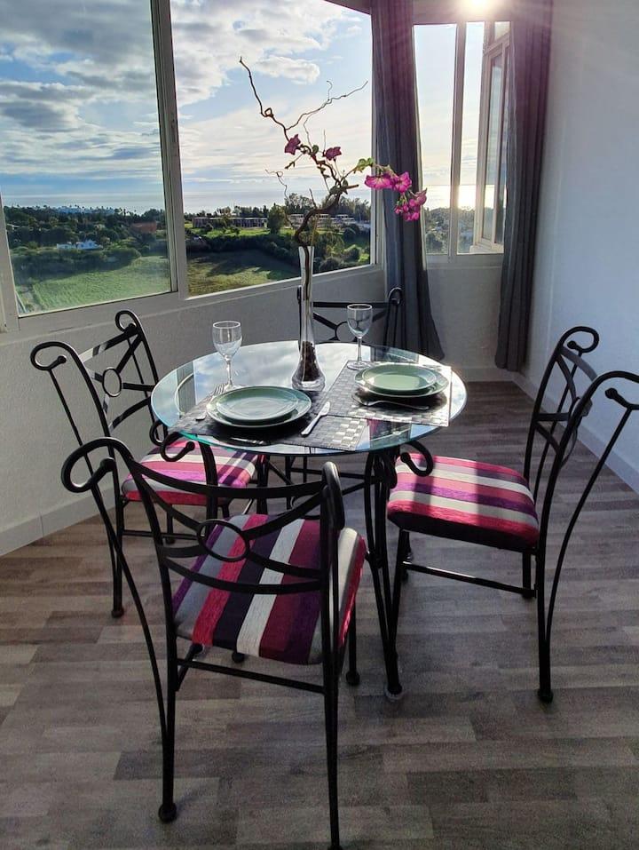Balcón al sol apartamento con maravillosas vistas