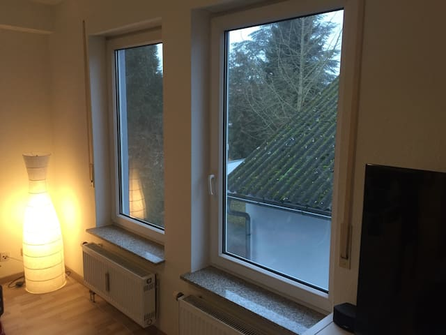 1-Room Apartment close to Frankfurt - Schwalbach am Taunus - อพาร์ทเมนท์