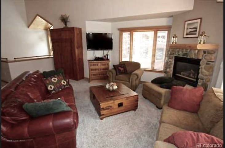 Living Room has open floor plan and lots of comfy seating