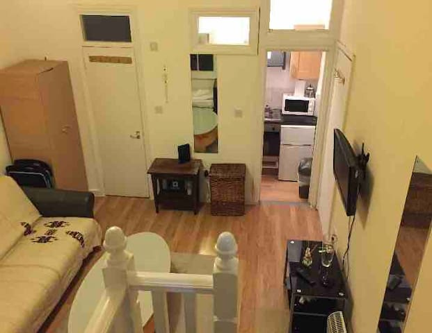 1 bedroom apartment in city centre.