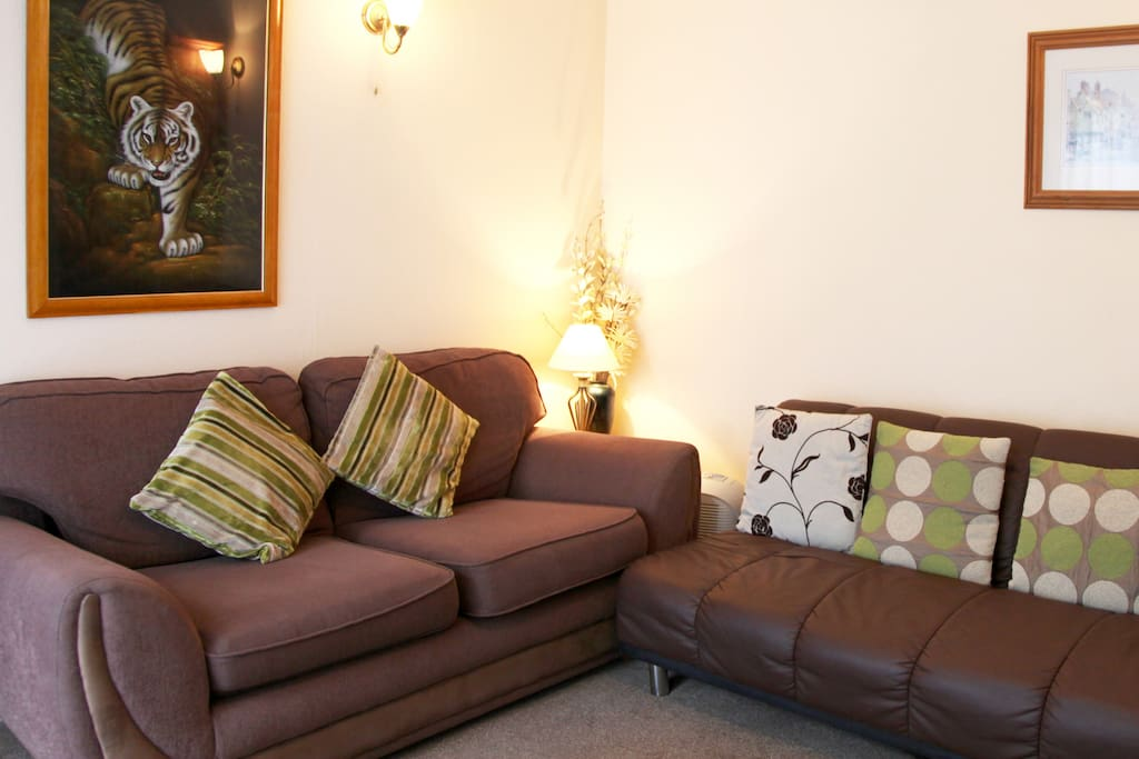 Cottage 3 Lounge, with 2 sofas, 1 is a sofa bed, suitable for child.