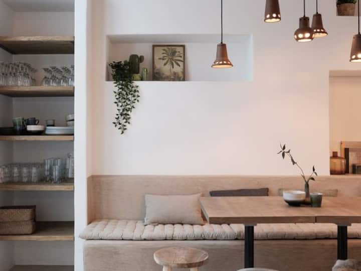 Complete house | 14 people | Antwerp City Center