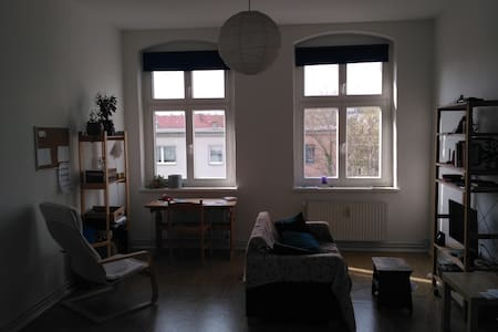Flat in Kreuzberg-Friedrichshain - กรุงเบอร์ลิน - อพาร์ทเมนท์
