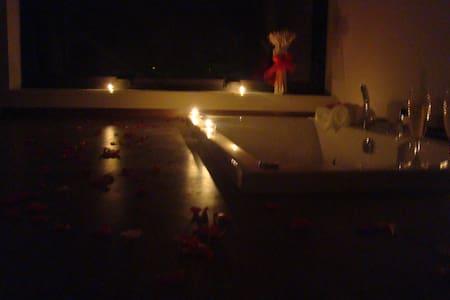 Suite com Banheira de Hidromassagem - 별장/타운하우스