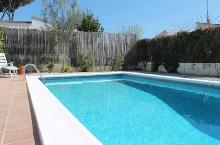 Beautiful 2 bedroom house with private pool