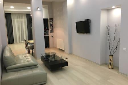 NONA APARTMENT - Тбилиси - Квартира