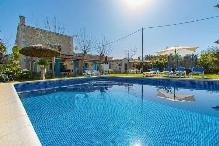 CORONA Finca with pool for 3 people in Muro