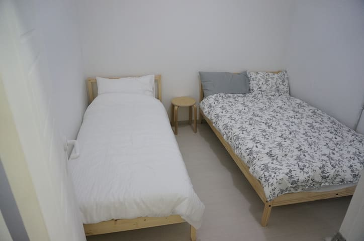 (2rooms)*10월/OCT2019SALE*!!*W113 in Itaewon, Seoul