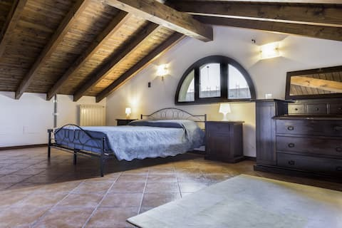 Lovely villa with jacuzzi and Sauna Lago Maggiore