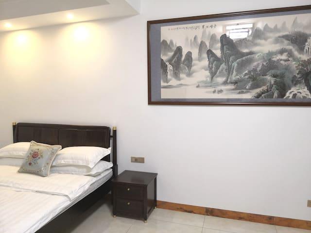 桂林【禾•木】象山区国家山边中式山水画古风亲子大床房