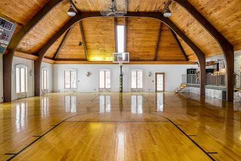 16,000 sqft LUX MANSION. GYMNASIUM 25 Beds