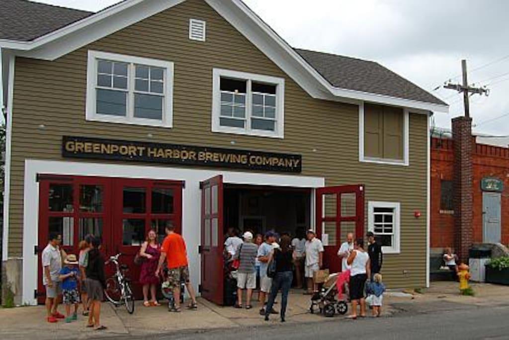 Greenport Brewery tasting room