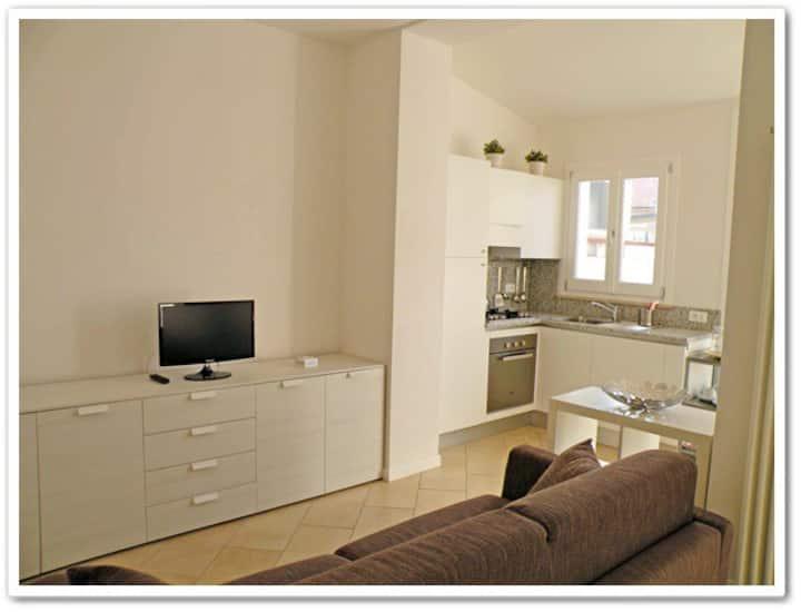 Apartment in Viareggio near the station