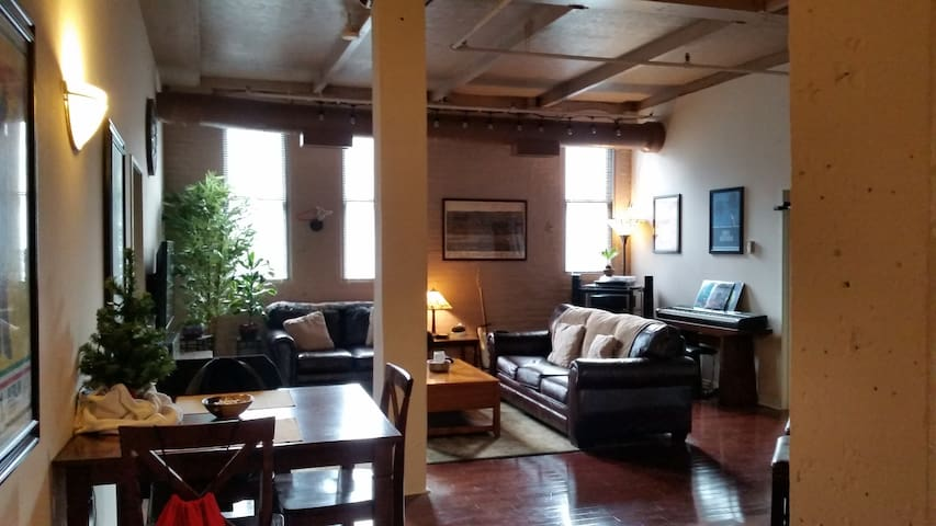 Private Room in Downtown Cleveland Warehouse Loft