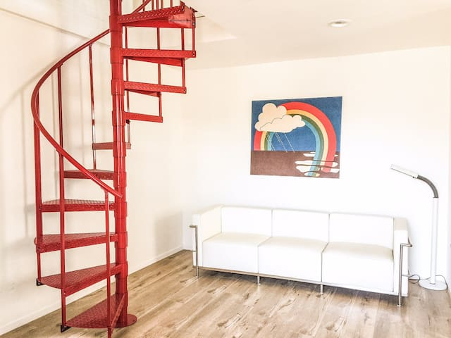 Remodeled 1 BR Apt Next to Subway - Los Angeles
