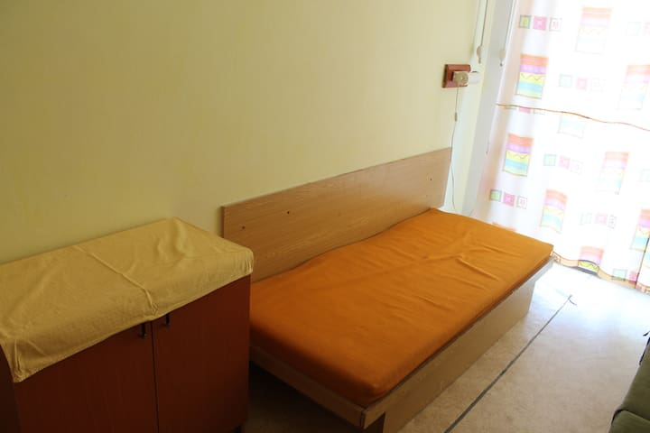 Sporthotel - cheapest accomodation in town centre - Piešťany - Hostel