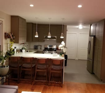 Welcome to NY :) new, clean and beautiful house