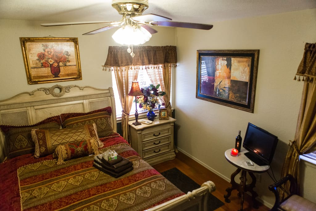 Very comfortable, plush queen bed. A 22 in television with cable and DVD player. Closet with mirrored doors.