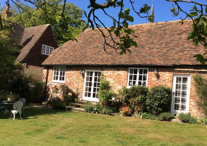 Grade II Listed self-contained 1 bedroom annexe - Wingham - Casa