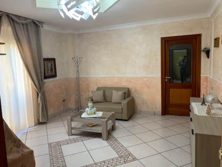 Lina's House - elegante appartamento a Napoli
