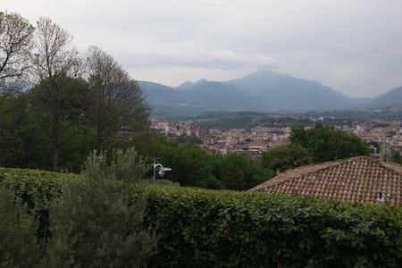 graziosissimo appartamento in villa - Avellino - Wohnung