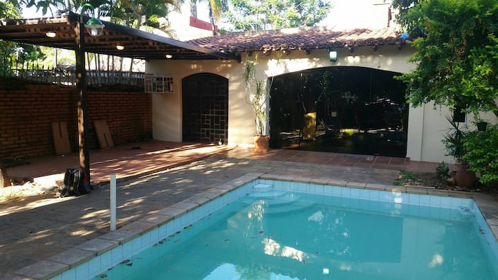 """Cozy Pool House/Loft """"El Descanso"""""""