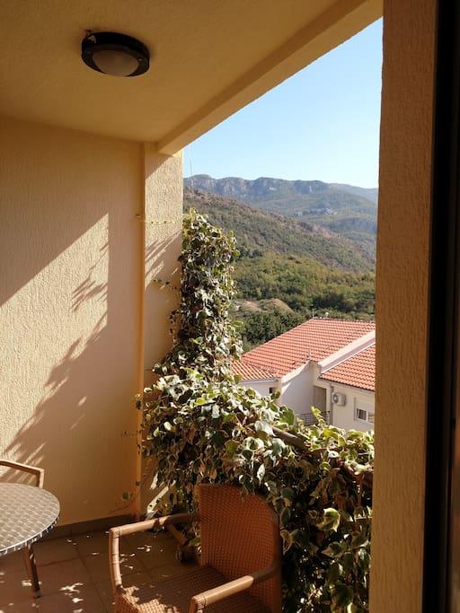 Балкон/Balcony