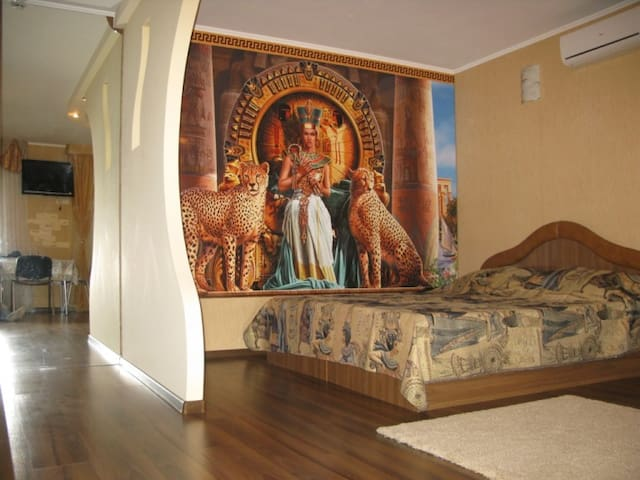 """Design in the style of """"Cleopatra"""". - Krivoy Rog - Flat"""