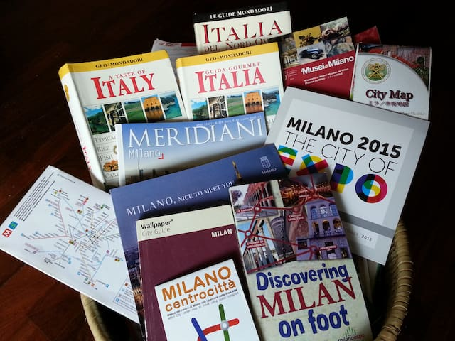 You will find a basket full of guides to read, and some city maps to take with you.