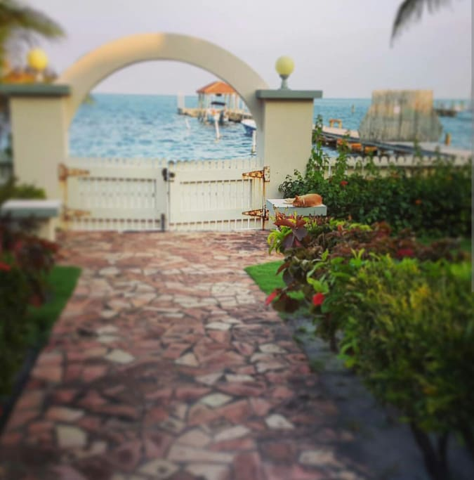 Gateway to your vacation home in paradise!