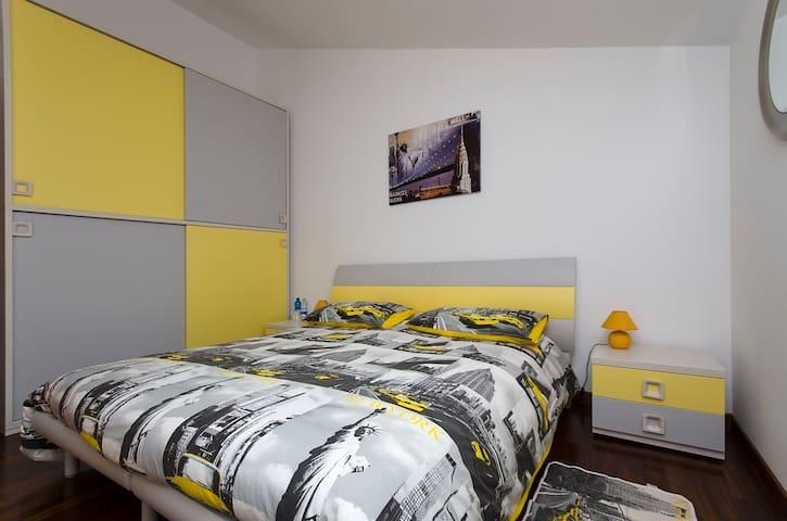 VIAVAI 100 mq di ospitalità - Spinone Al Lago - Casa