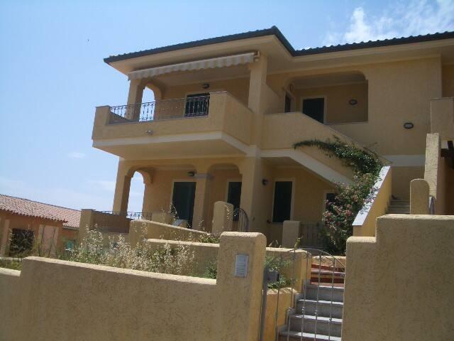 Ampio quadrilocale vicino al centro - Santa Teresa Gallura - Apartment
