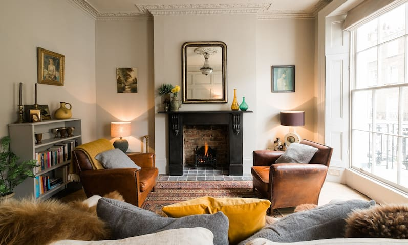 Sophisticated 1BR Flat in Marylebone