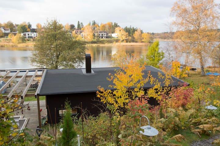 Unikt hus vid sjön Drevviken, vid vattnet 2 gäster - Haninge - Hus