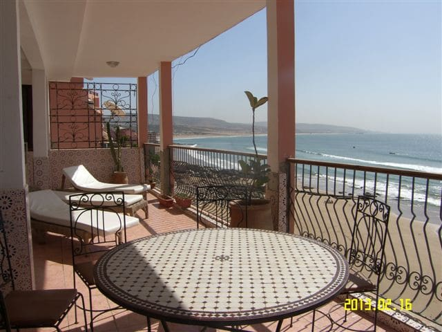 Accommodation at Taghazout Morocco - Agadir-Ida-Ou Tanane Province - Pis
