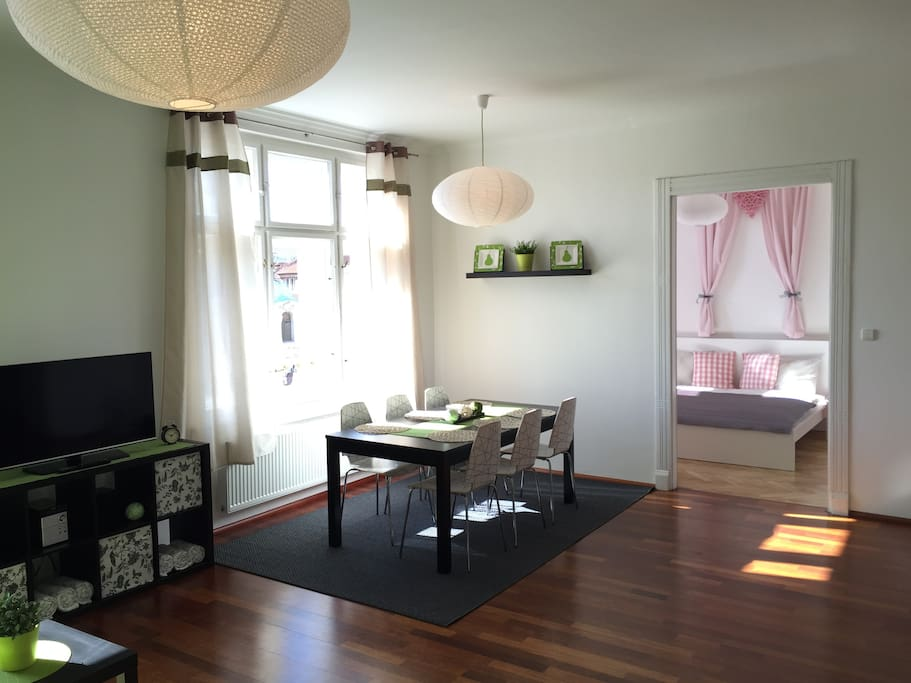 Luxury downtown apartment in prague appartementen te for Designer apartment prague