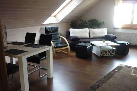 Apartment Aichelberg Holzblockhaus - Holzmaden