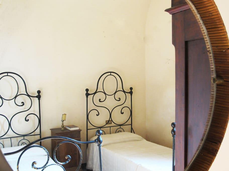 la camera da letto può essere doppia e matrimoniale a seconda delle vostre esigenze