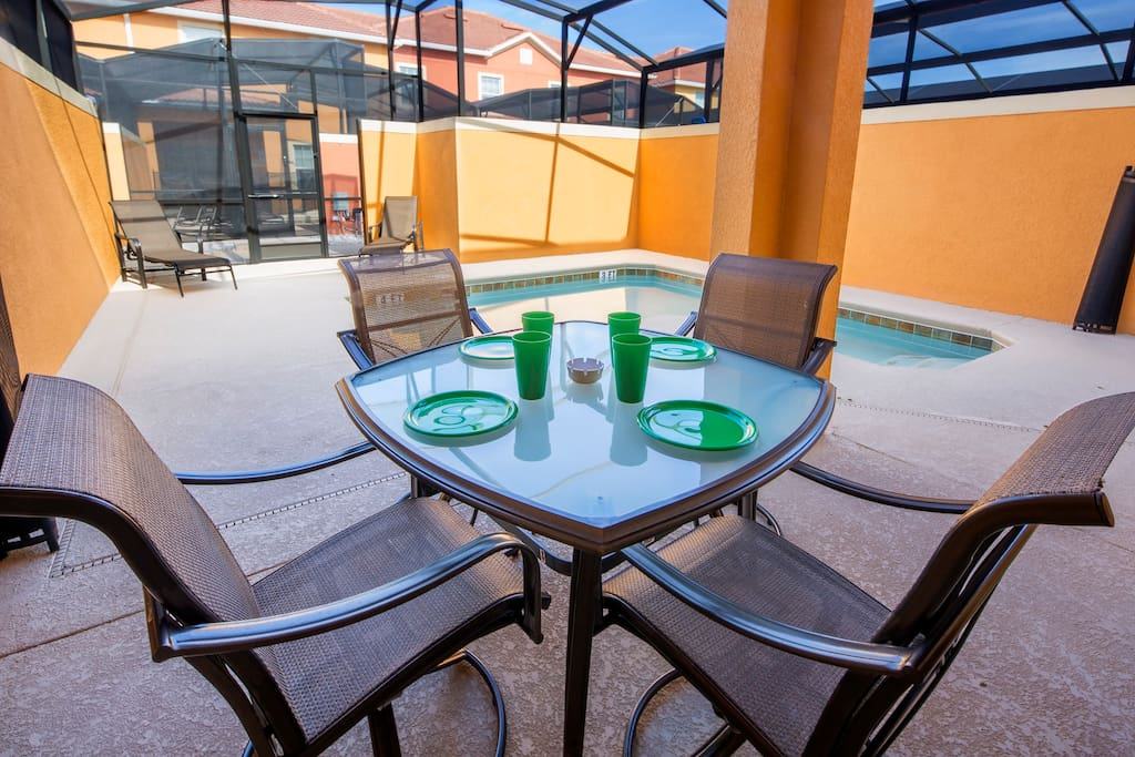 Make sure to experience an al-fresco meal out by the pool one evening as you listen to the cicadas and natures sounds as you enjoy a meal together.