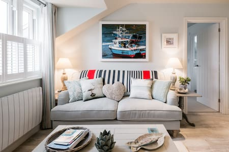 Luxury Self Contained Apartment in Port Isaac Village