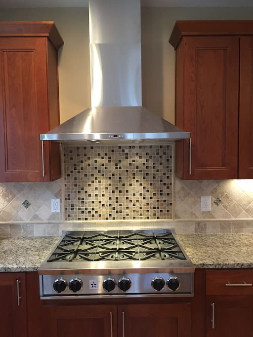 Gas cooktop in Kitchen.