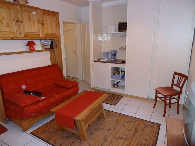 Studio tout confort - Grésy-sur-Isère - Apartamento